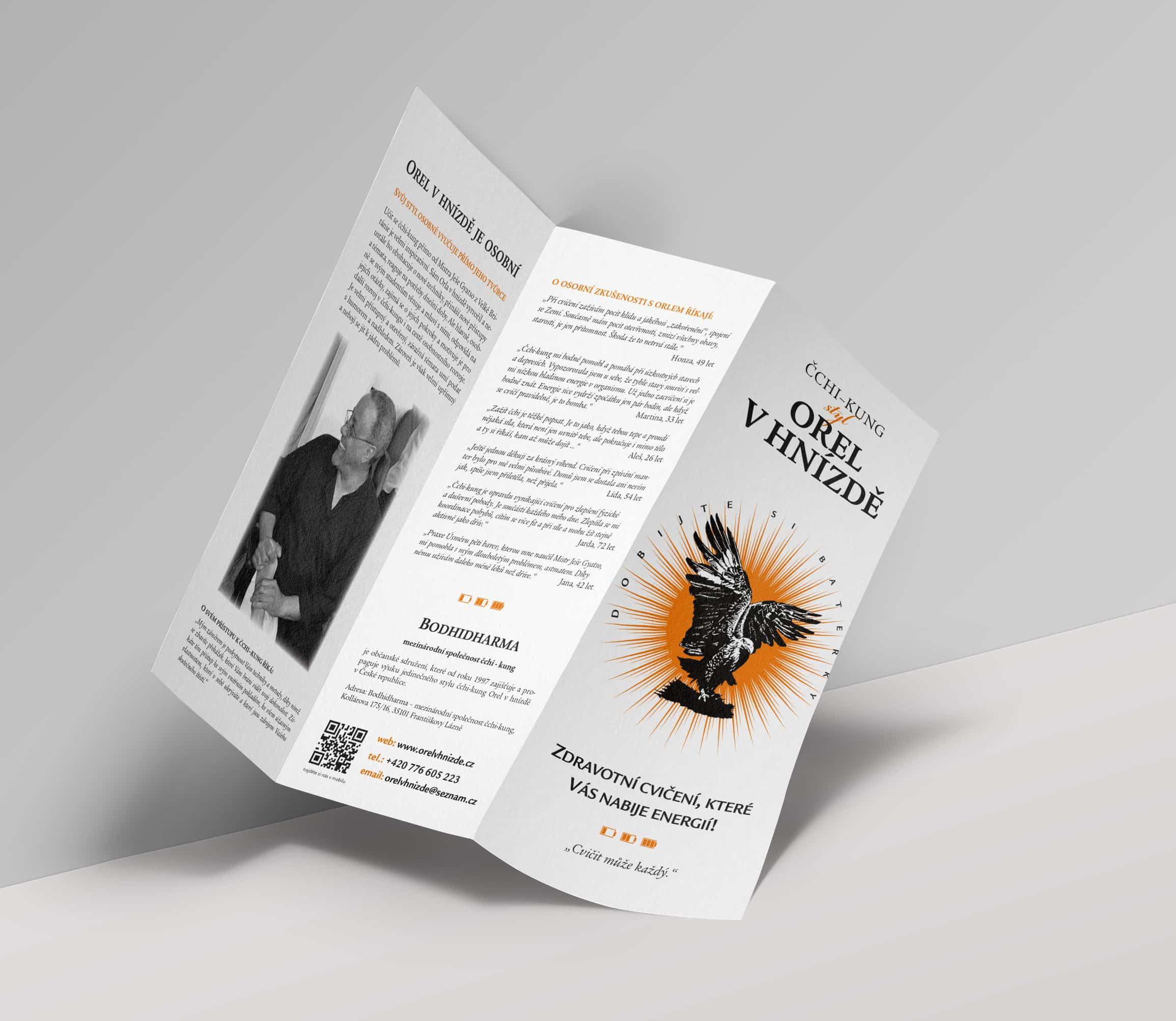 brozura-Tri-Fold-Mockup-Template-Vol8
